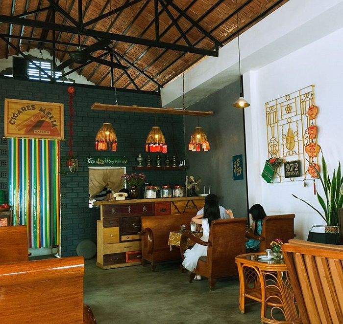 Nice cafe in Phu Yen - check in cafe 1975