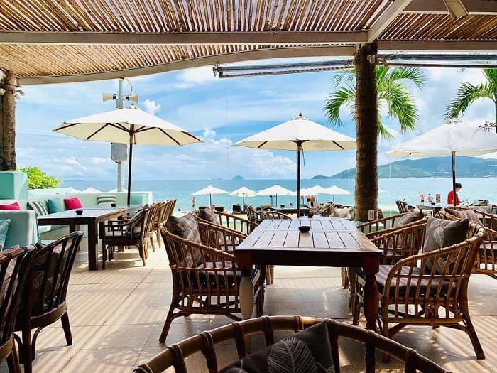 Salling Club is a beautiful cafe in Nha Trang with quality views