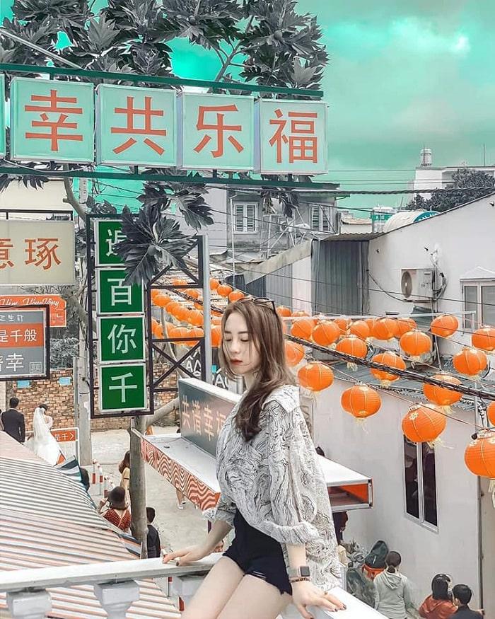 Balcony - beautiful virtual living corner in Hong Kong alley in Buon Ma Thuot