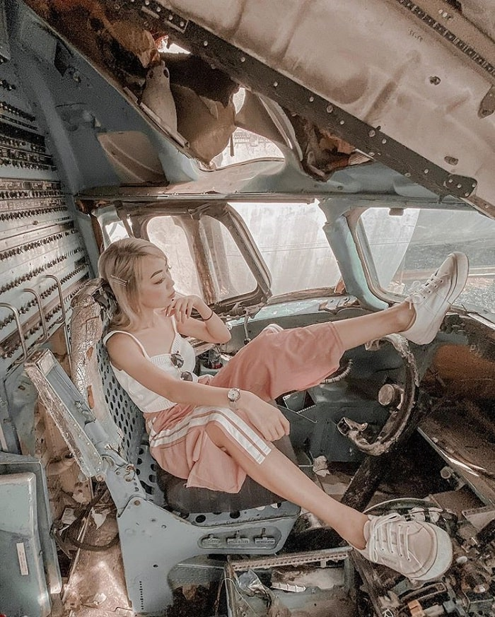 Explore the cockpit - interesting point at the plane cemetery in Bangkok