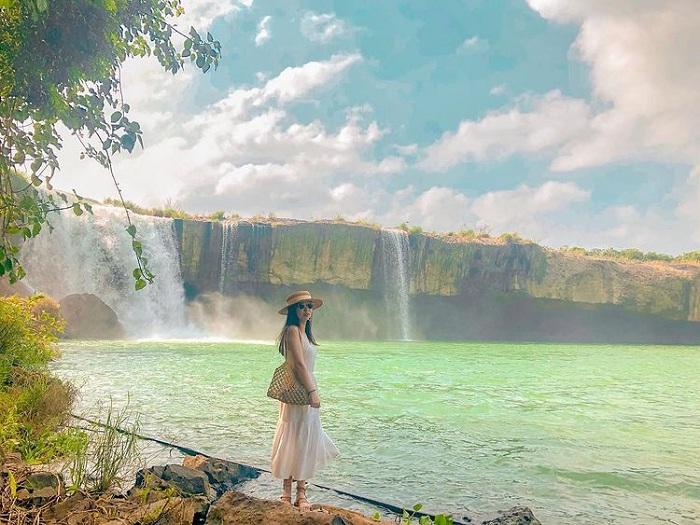 charming scene at Dray Nur Falls