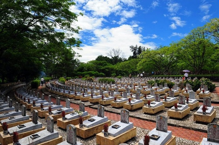 Visit Truong Son cemetery - the spiritual place of Quang Tri