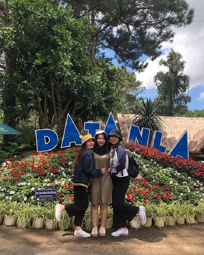 tham quan thác Datanla - điểm check in rực rỡ