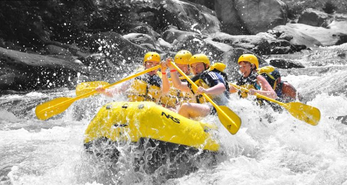 tham quan thác Datanla - thử thách trèo thuyền Kayak vượt thác