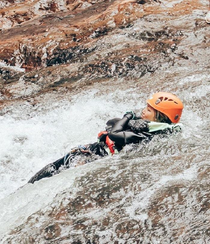 tham quan thác Datanla - thả mình theo dòng nước