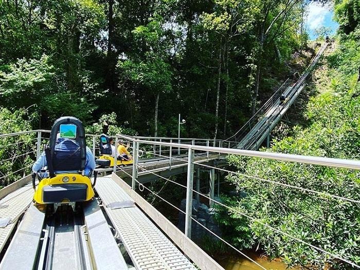 tham quan thác Datanla - đi xe máng trượt ngắm cảnh