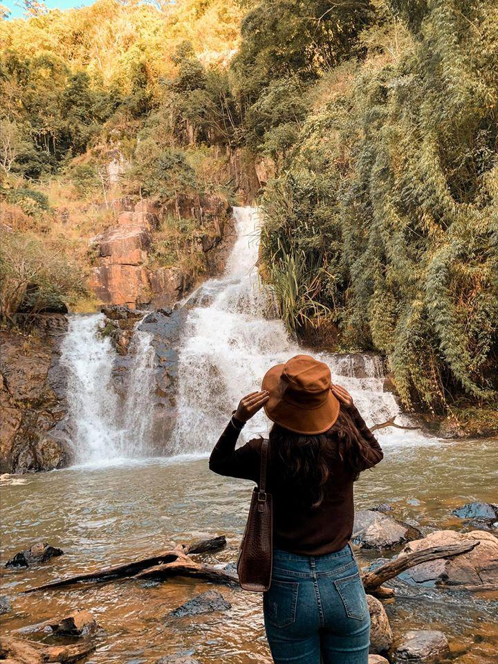 tham quan thác Datanla nổi tiếng ở Đà Lạt
