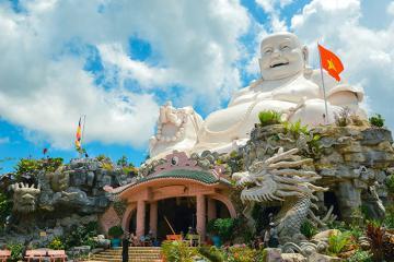 Cuối năm hẹn nhau viếng chùa Phật Lớn An Giang trên đỉnh núi Cấm