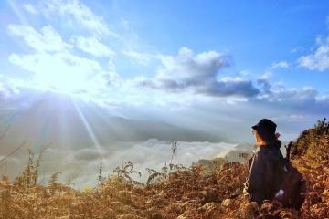 Chinh phục những biển mây đẹp 'hút hồn' tại miền Bắc