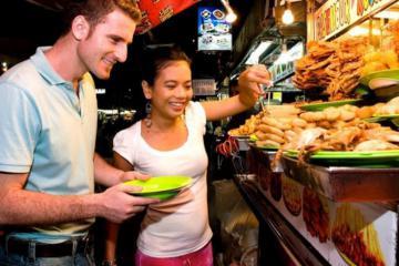 Lạc lối trong chợ đêm Jalan Alor - thiên đường ẩm thực ở Malaysia