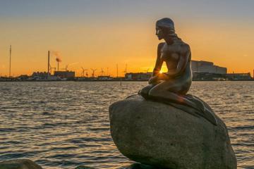 Lập team khám phá các địa điểm du lịch ở Đan Mạch đẹp, ấn tượng