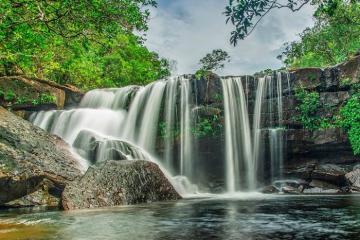Khám phá suối Đá Ngọn Phú Quốc tắm mát, dã ngoại và check-in sống ảo cực vui