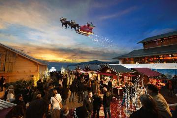 Ngắm vẻ đẹp rực rỡ của khu chợ Giáng sinh Montreux lớn nhất Thụy Sĩ