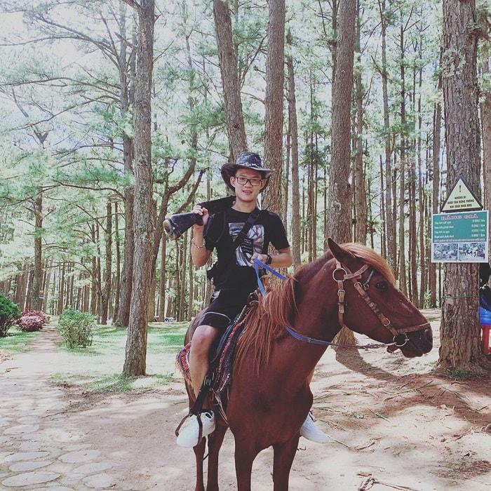 Dalat golden valley - horseback riding