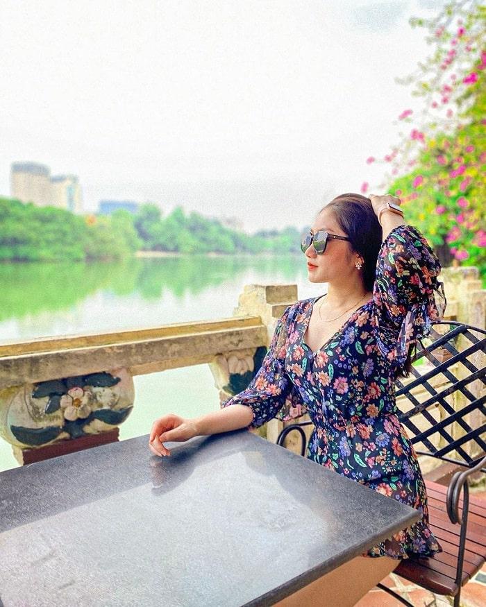 Thủy Tạ cafe - quán cà phê view Hồ Gươm siêu đẹp ở Hà Thành