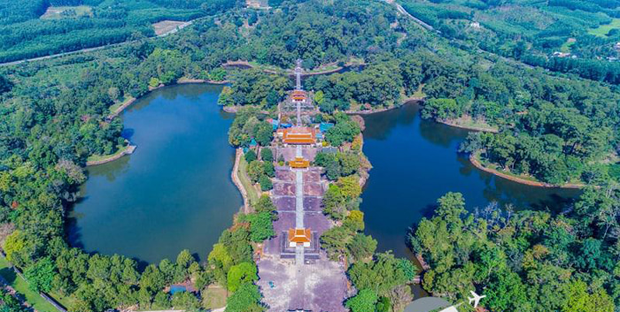 Architectural beauty of Minh Mang Hue mausoleum - Panoramic view of the king's mausoleum