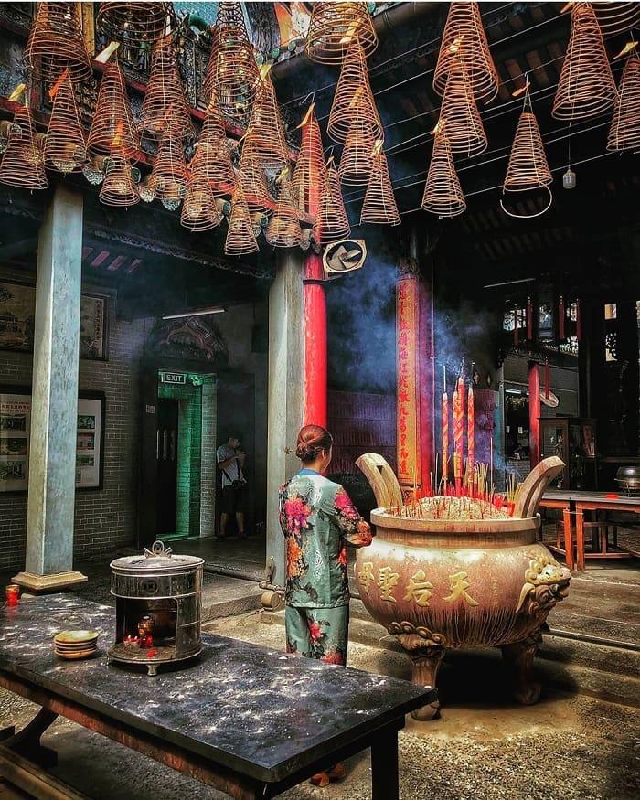 Jade Emperor Pagoda - a unique pagoda not inferior to Mieu Noi Pagoda on the Saigon River