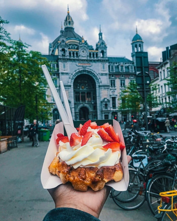 Visiting Belgium, you definitely have to enjoy the traditional waffles