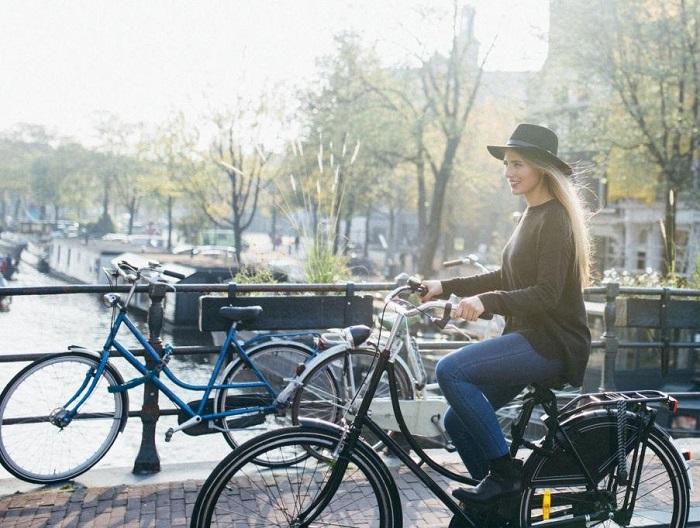 Check-in cùng xe đạp tại Hà Lan