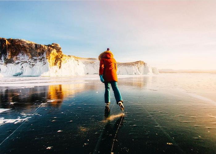 Chiêm ngưỡng vẻ đẹp kỳ ảo của hồ Baikal ở vùng Siberia lạnh giá