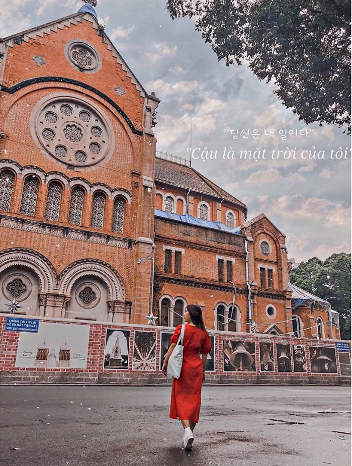 Mãn nhãn với vẻ đẹp độc đáo của nhà thờ Đức Bà Sài Gòn