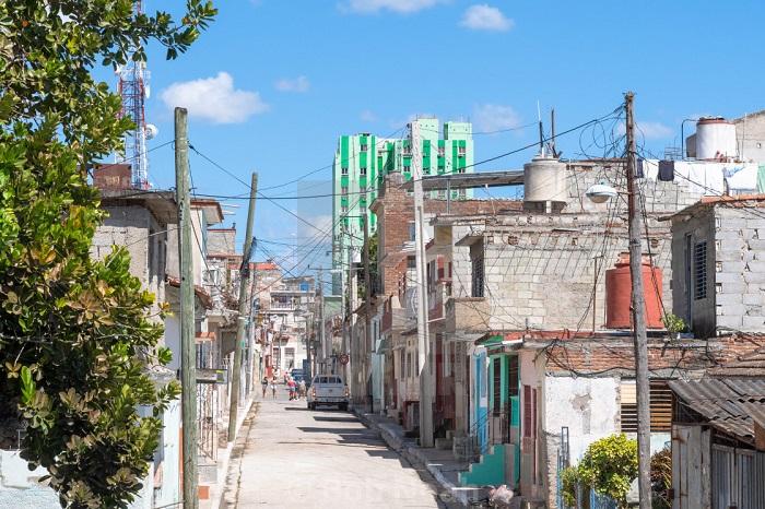 Santa Clara Town – Colors of Cuba