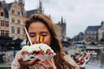 Đến Bỉ nhất định phải thưởng thức món bánh Waffle truyền thống