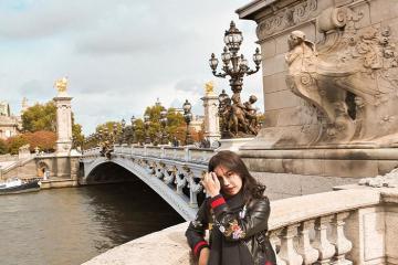 Cây cầu Alexandre III – điểm đến không thể bỏ qua khi du lịch Paris Pháp
