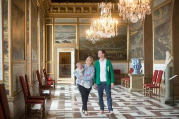 Ngỡ ngàng trước vẻ đẹp cung điện hoàng gia Drottningholm