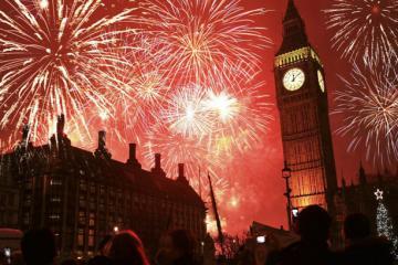 Tìm hiểu 10 phong tục đón năm mới ở Anh