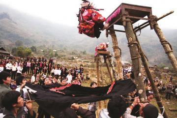 Độc đáo nét đẹp văn hóa các dân tộc ở Lai Châu