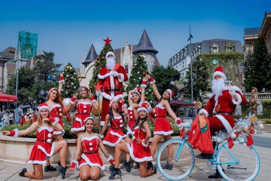 Đón Giáng Sinh ấm áp tại lễ hội mùa đông ở Bà Nà Hills