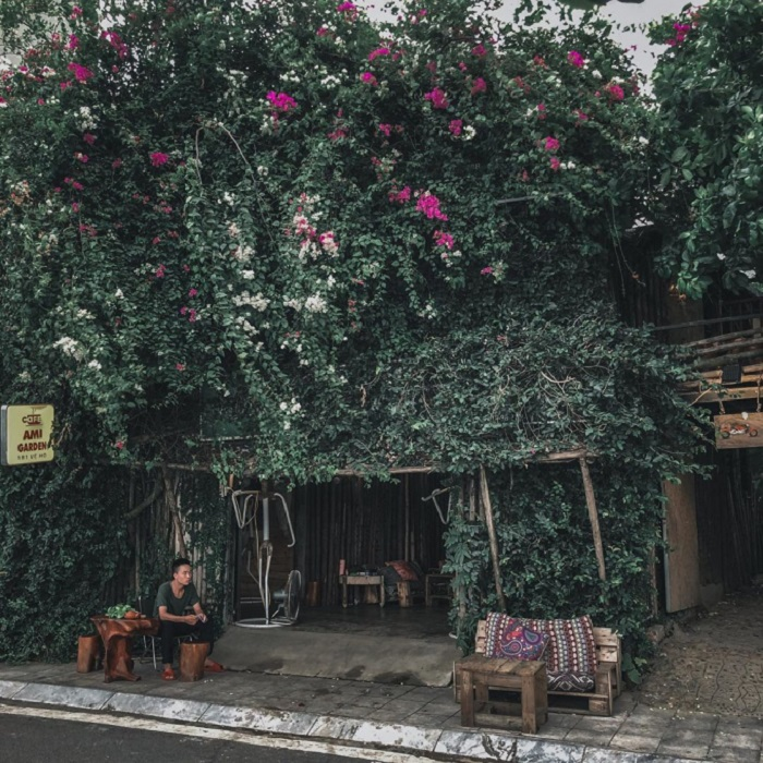 beautiful cafes in West Lake-Ami-eternal.coffeehn