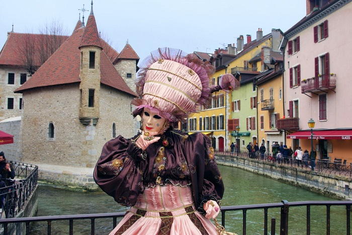 On the Pont Perrière is the most photographed place Annecy Venetian Carnival