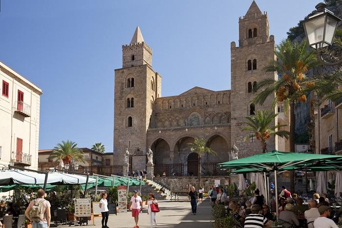 Cefalù, Sicily - Những địa điểm ở Ý giống như trong truyện cổ tích