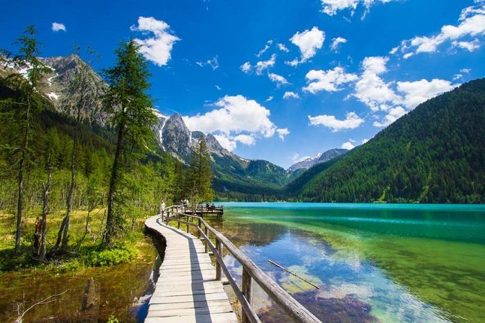 Trento, Trentino Alto Adige - Những địa điểm ở Ý giống như trong truyện cổ tích