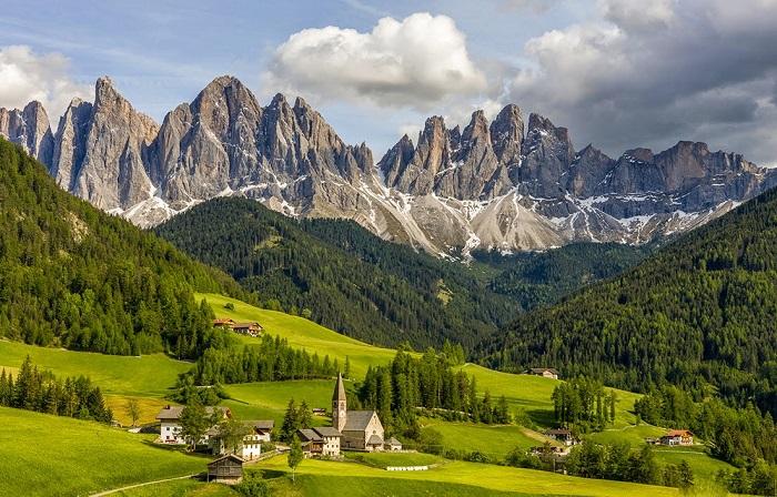 Vẻ đẹp của vùng Trento, Trentino Alto Adige - Những địa điểm ở Ý giống như trong truyện cổ tích