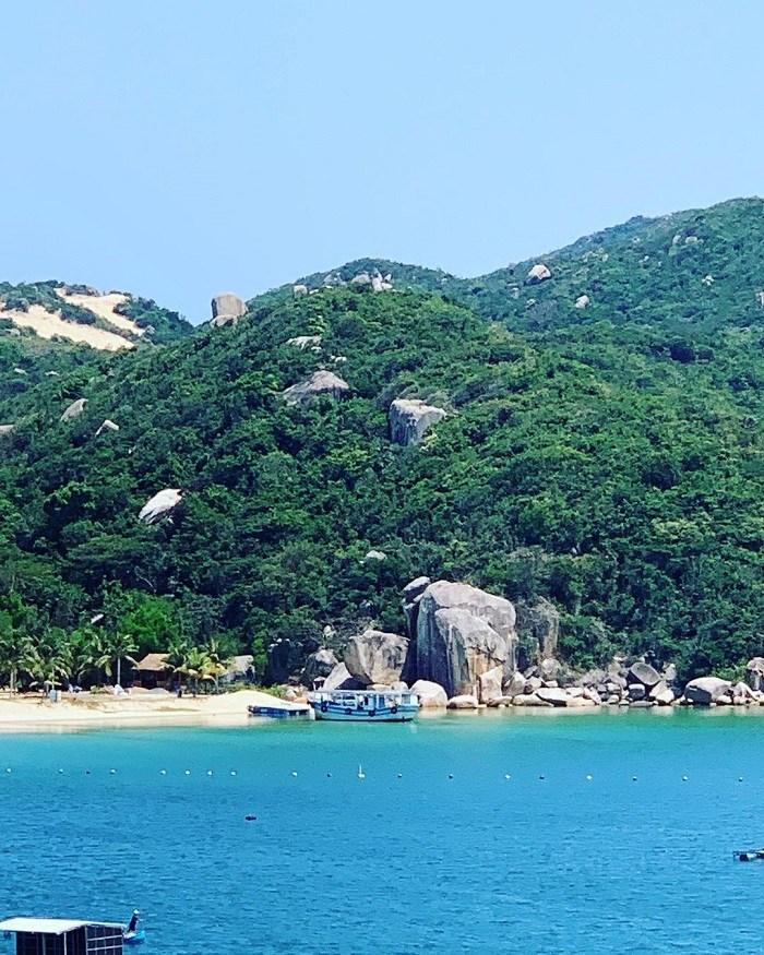 Bai Son Do not check in at Van Phong Bay