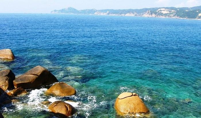 Dai Lanh beach checked in at Van Phong bay