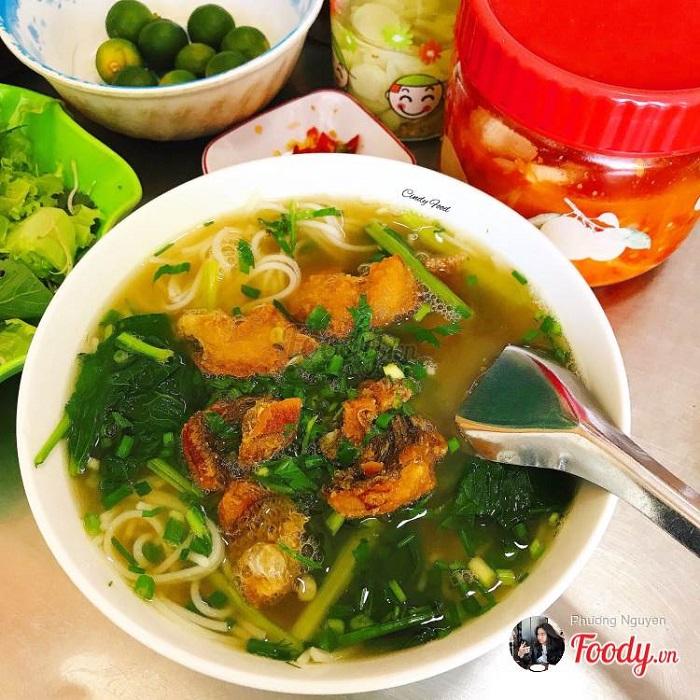Nhắc đến các quán bún cá ngon ở Hà Nội không thể quên quán bún cá Ô Chợ Dừa
