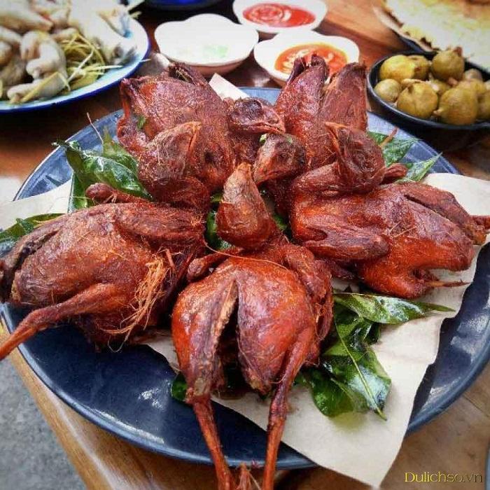 con đường ẩm thực ở phố cổ Hà Nội - Phố bia tạ hiện