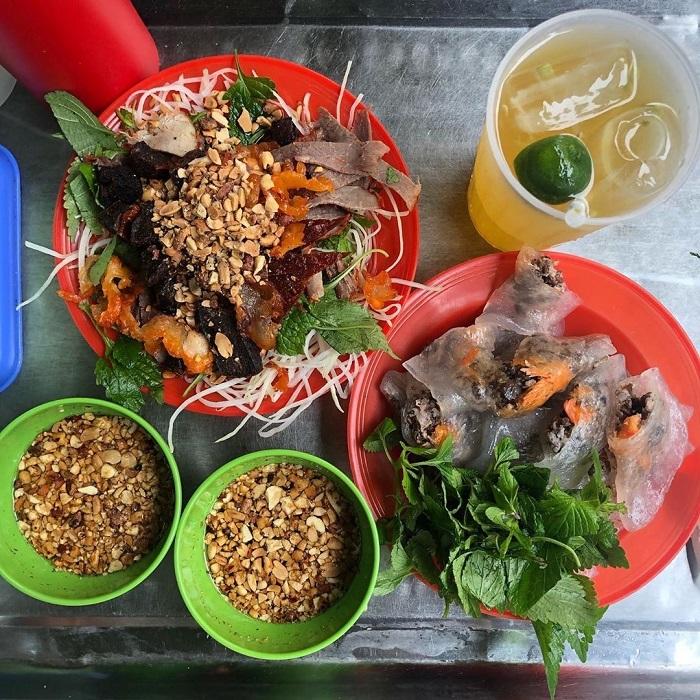 con đường ẩm thực ở phố cổ Hà Nội - Phố Hoàn Kiếm