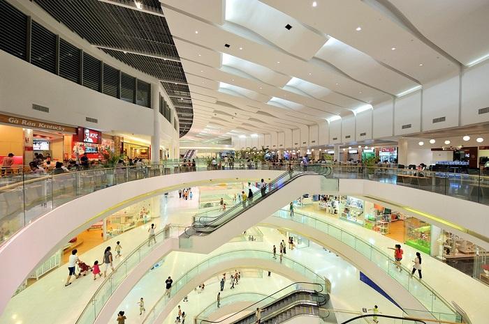 Những địa điểm mua sắm ở Sài Gòn - Crescent Mall