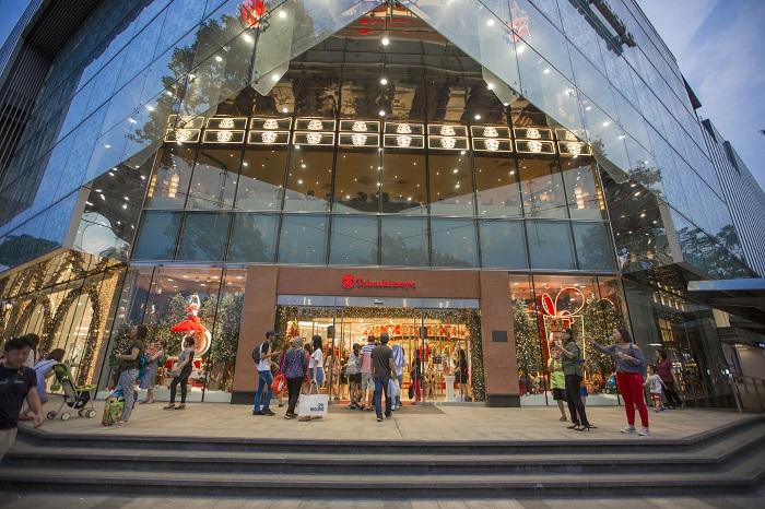 Những địa điểm mua sắm ở Sài Gòn - TTTM Saigon Centre (Takashimaya)