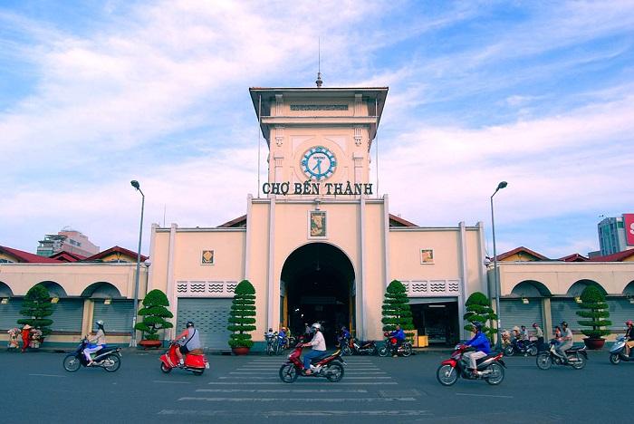 Những địa điểm mua sắm ở Sài Gòn - Chợ Bến Thành