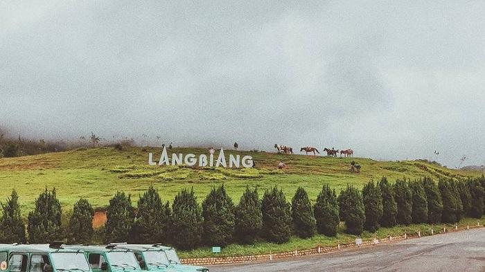 điểm săn mây ở Đà Lạt - mây vờn Langbiang