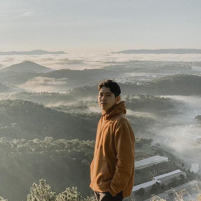 điểm săn mây ở Đà Lạt - leo đỉnh Hòn Bồ ngắm cảnh
