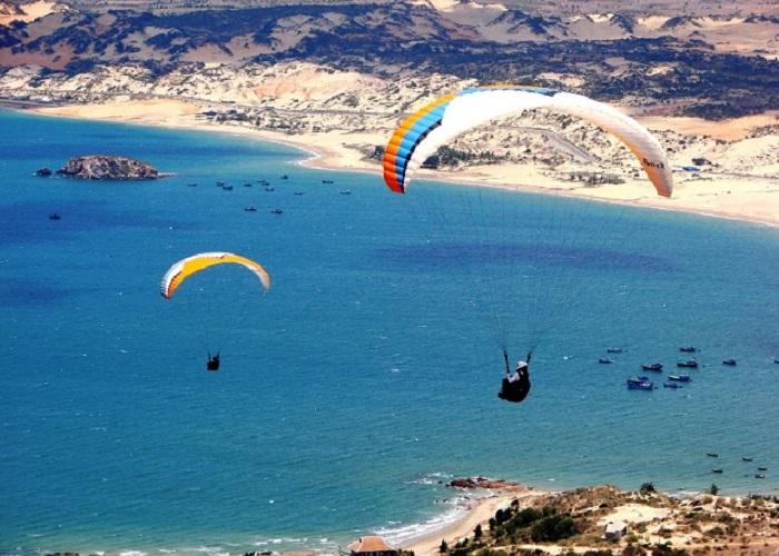Muốn bay dù lượn thì tìm về Hòn Hồng Bình Thuận!