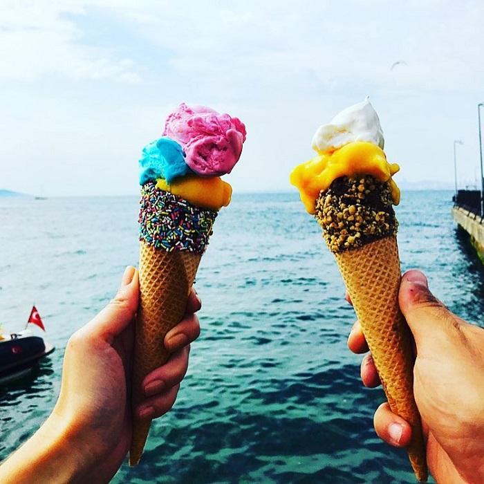 Maras Dondurma delicious Turkish ice cream