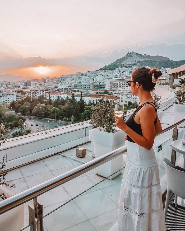 khách sạn khó book phòng nhất thế giới-hy-lap-view-1